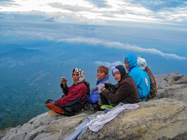 047 Gunung Agung